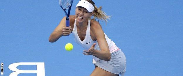 Maria Sharapova in final action against Petra Kvitova