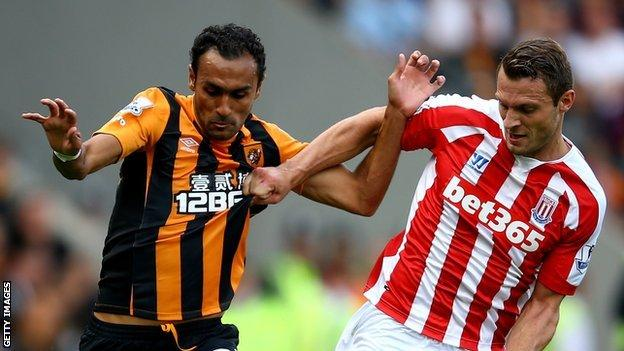 Ahmed Elmohamady (left)