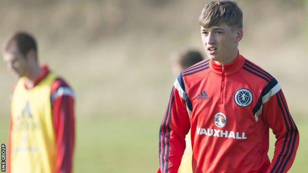 Ryan Gauld in training with Scotland