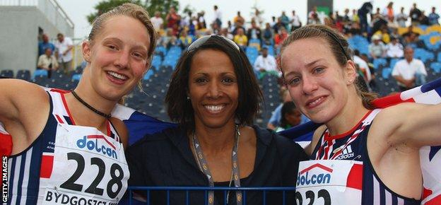 Emma Pallant and Dame Kelly Holmes at the 2008 World Junior Championships in Poland