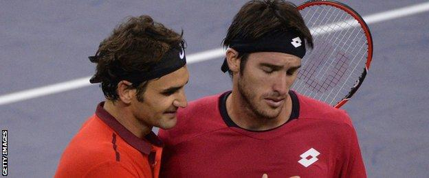 Roger Federer and Leonardo Mayer