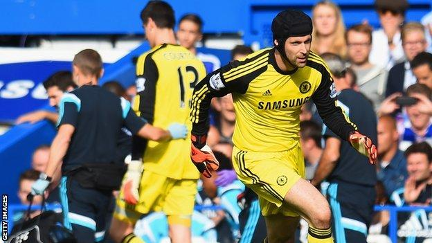 Thibaut Courtois is replaced by Petr Cech
