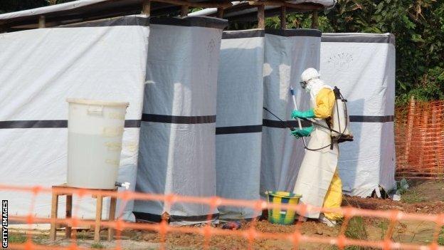 Ebola hygienist