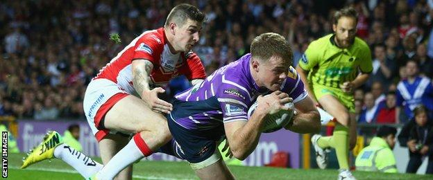 Joe Burgess scores for Wigan