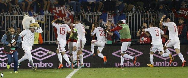 Serbia-Albania game abandoned