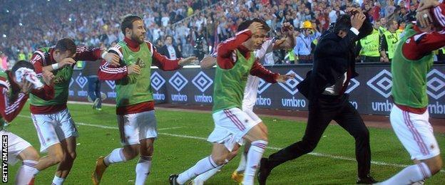 Serbia-Albania matched abandoned after disturbances on the pitch