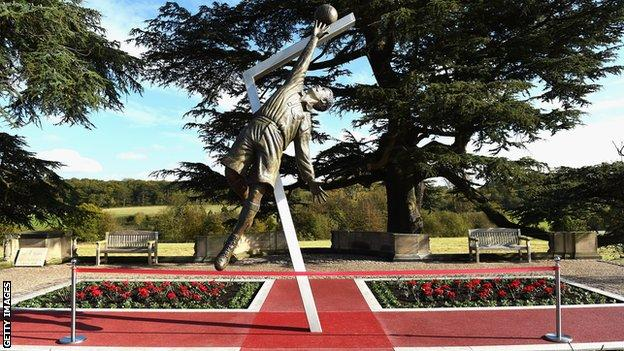 The statue of Arthur Wharton was unveiled at the national football centre