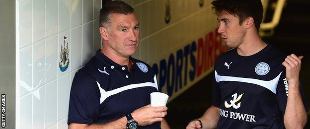 Leicester manager Nigel Pearson waits for kick-off