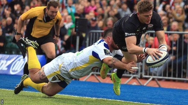 David Strettle dives over for the second of his spectacular brace of tries