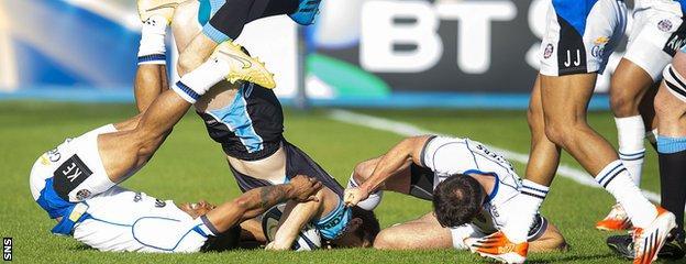 Mark Bennett touches down for Glasgow