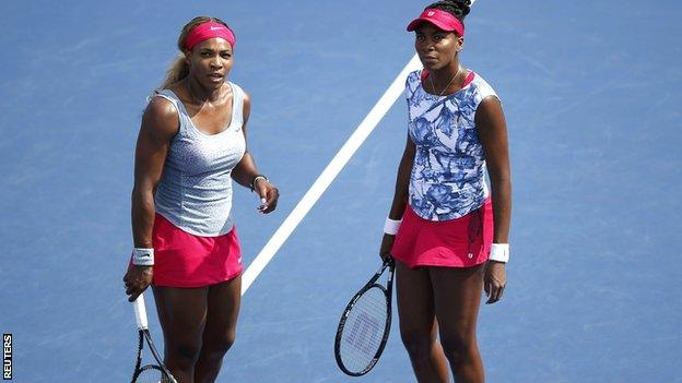 Serena Williams (left) and sister Venus