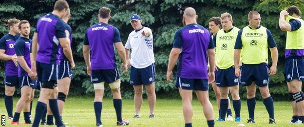 Vern Cotter and the Scotland squad train in Toronto in the summer