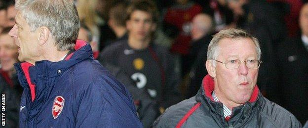 Arsene Wenger and Sir Alex Ferguson turn away from each other after a game between Arsenal and Man Utd in 2004