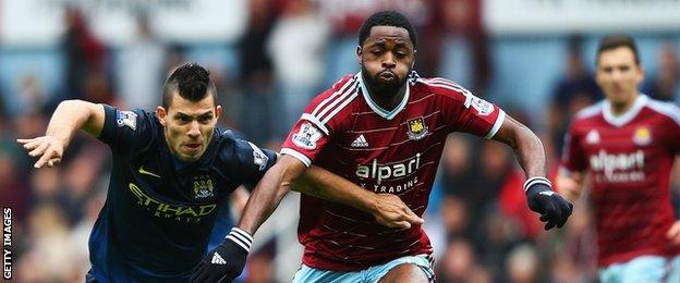 Alex Song of West Ham