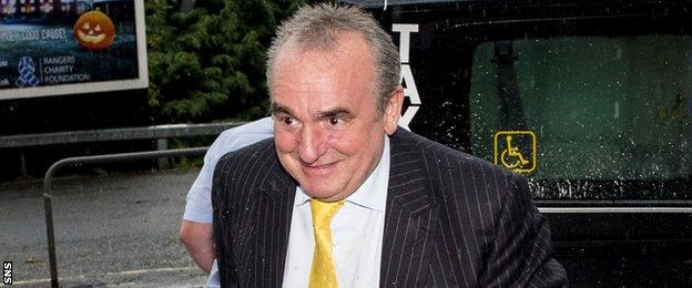 Derek Llambias has been hired as a Rangers consultant