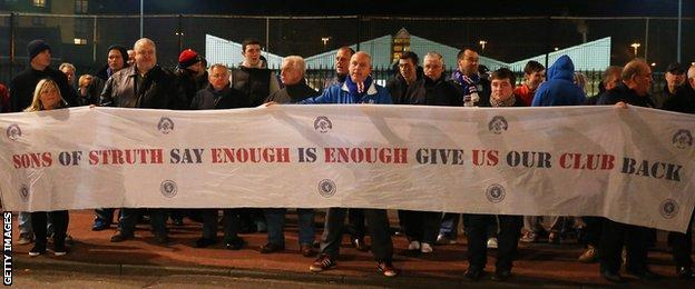 Rangers fans protest over the boardroom struggles