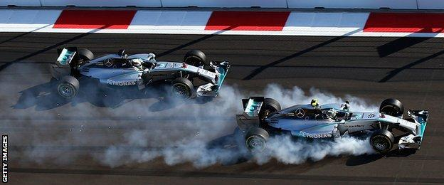 Nico Rosberg and Lewis Hamilton are fighting for the title