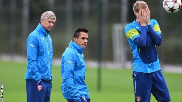Alexis Sanchez, Arsene Wenger, Per Mertesacker