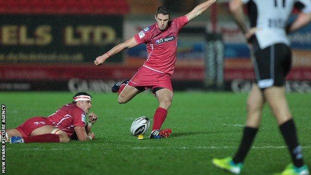 Steven Shingler successfully kicked eight out of his nine kicks at goal against Zebre