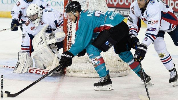 Craig Peacock scored twice in Friday's victory over Braehead Clan