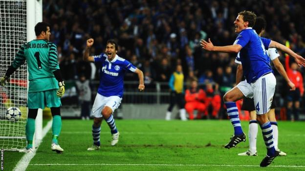 Champions League - Raul scores for Schalke against Inter Milan