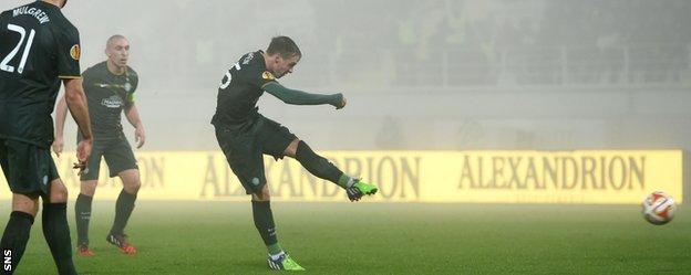 Stefan Johansen scores for Celtic