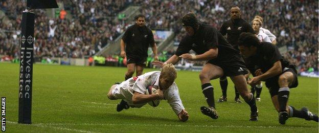 Lewis Moody scores against New Zealand