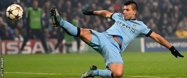 Sergio Aguero stretches for the ball during the UEFA Champions League Group E match between Manchester City and CSKA Moscow