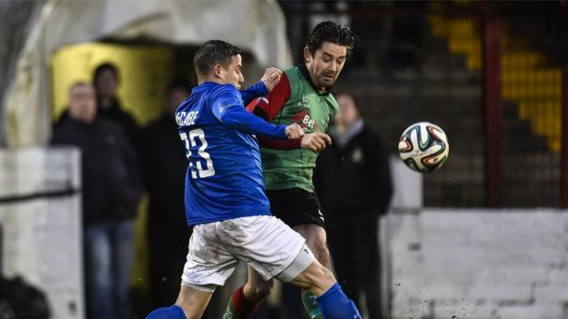 Shane McCabe and Curtis Allen in action as Glenavon come from two goals down to beat Glentoran 4-2