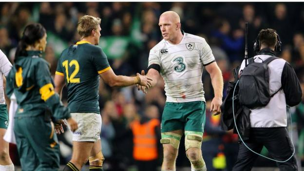 South Africa captain Jean de Villiers shakes hands with Ireland skipper Paul O'Connell after the final whistle in Dublin