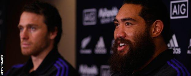 New Zealand's Ben Smith and Charlie Faumuina