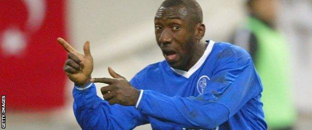 Jimmy Floyd Hasselbaink in action for Chelsea