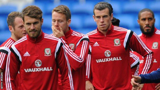 Wales' Aaron Ramsey and Gareth Bale