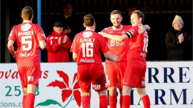 Darren Murray opened the scoring on the half hour for Portadown against Dungannon Swifts at Stangmore Park