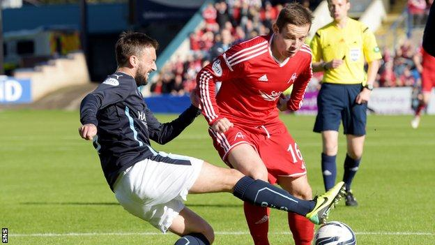 Aberdeen won 3-2 when the sides last met at Dens Park.