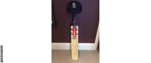 Graeme Swann's cricket bat