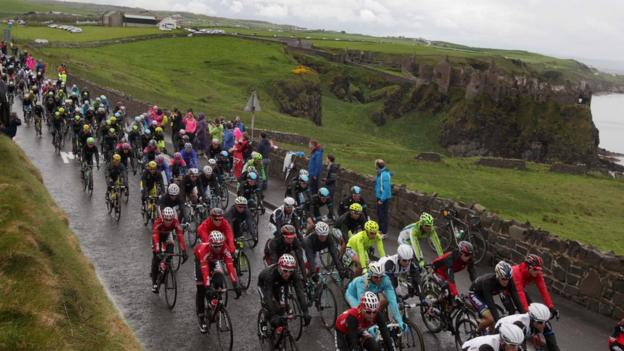Many of the world's top cyclists took part in the Northern Ireland leg of the Giro d'Italia against a backdrop of some beautiful scenery but in difficult conditions