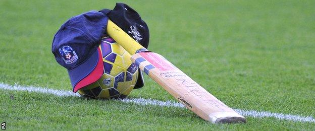 Crystal Palace's tribute to Phillip Hughes