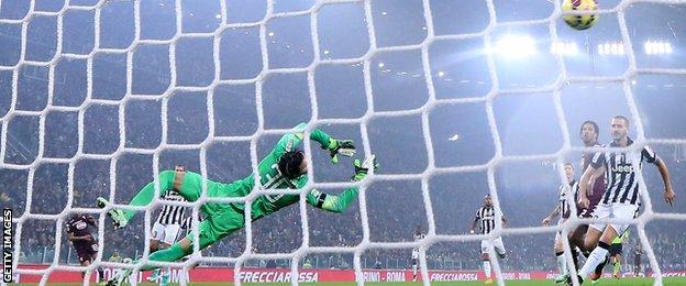 Bruno Peres goal