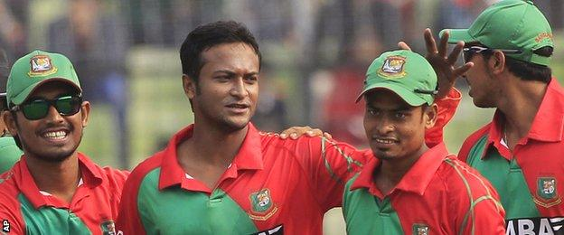 Bangladesh celebrate during the fifth one-day international