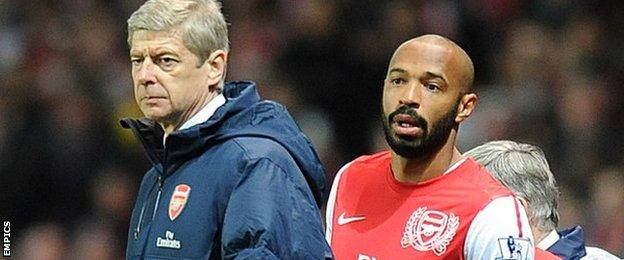 Arsenal manager Arsene Wenger (left) and Thierry Henry