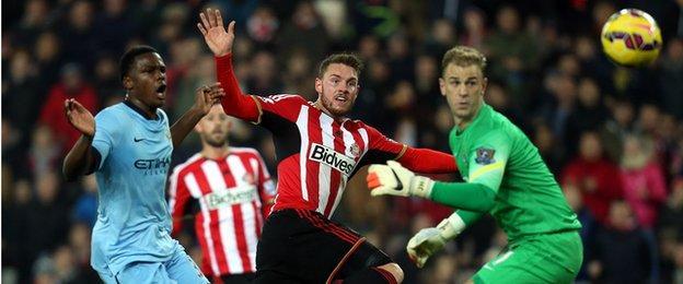 Connor Wickham scores for Sunderland against Manchester City