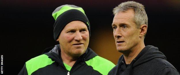 Neil Jenkins (left) and Robert Howley