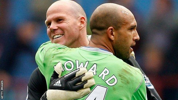Brad Friedel wants an apology from Tim Howard for claims made in Howard's autobiography