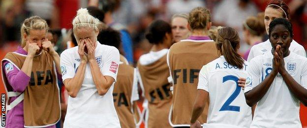 England players look dejected after losing to France at the 2011 World Cup