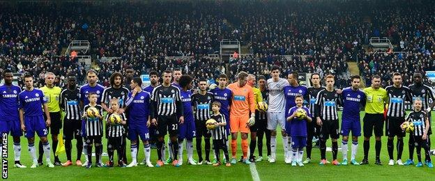 Newcastle and Chelsea players have a joint team photo to mark 100 years since the Christmas Truce during WW1