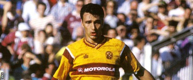 Rob Maaskant in action for Motherwell in 1991