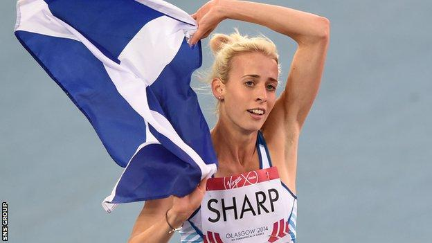 Lynsey Sharp won a silver medal for Scotland in the 800m at the Commonwealth Games