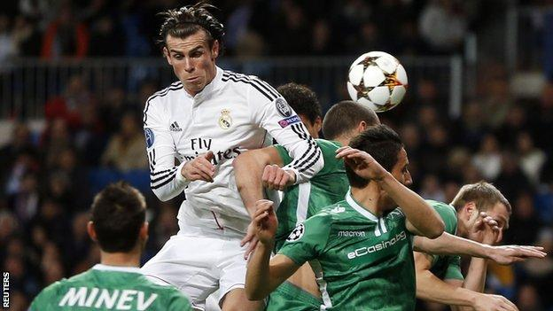 Gareth Bale wins a header for Real Madrid