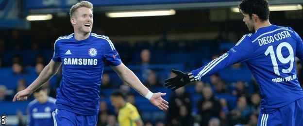 Andre Schurrle puts Chelsea 2-0 ahead against Sporting Lisbon